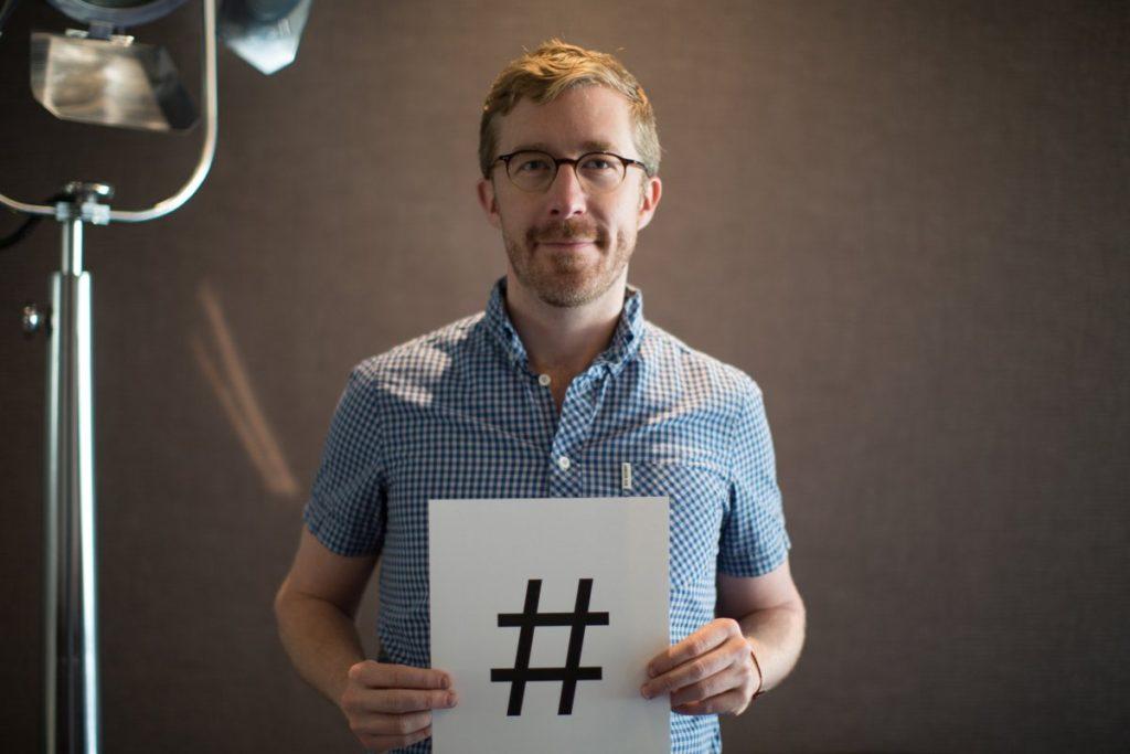 Изобретатель хештега Крис Мессин